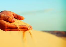 Nắm cát và tình yêu